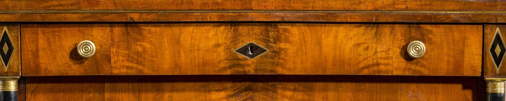 Acquisto e compro mobili antichi - Antichita La Rocca